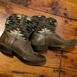 Frye Billy Short Cowboy Boots with Navajo Pattern